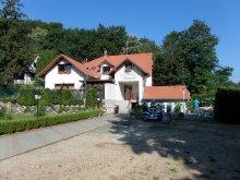 Pensiune Dunasziget, Pensiunea Hársfa