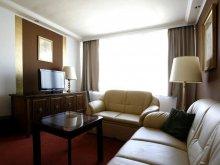 Hotel Biatorbágy, Hotel Árpád