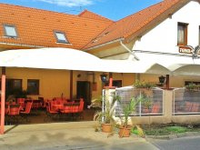 Pensiune Nagyatád, Restaurantul şi Pensiunea Turul
