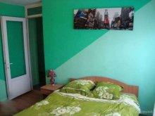Apartament Burzonești, Garsonieră Alba