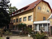 Hotel Balatonudvari, Hotel Kenese