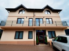 Accommodation Burduca, Casa Victoria B&B