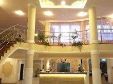Villa Kisfeneshavas (Cerc), Elisabeta Villa