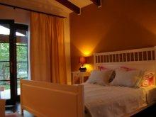 Accommodation Cârșa Roșie, La Dolce Vita House