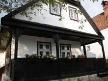 Cabană Lucianca, Căsuța cu Pridvor