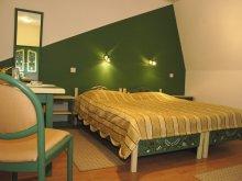Hotel Szászbuda (Bunești), Sugás Szálloda & Vendéglő