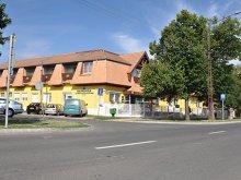 Hotel Giula (Gyula), Hotel Napsugár
