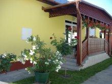 Guesthouse Kismarja, Tar Guesthouse