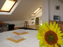 Accommodation Misefa, Monarchia Guesthouse and Restaurant