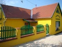Accommodation Bakonybél, Sárgarigó Guesthouse