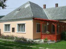 Casă de oaspeți Pápa, Pensiunea Nyugalom Völgye