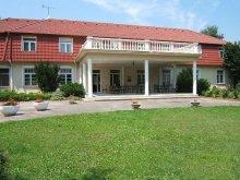 Pensiune Kiskunfélegyháza, Pensiunea St. Márton