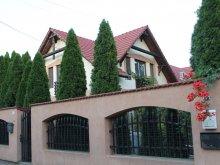 Apartament Pusztaszer, Apartament Varga