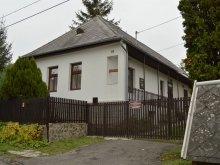 Accommodation Vilyvitány, Álmodlak Guesthouse