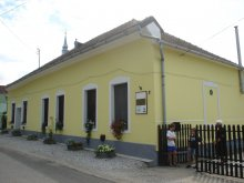 Accommodation Sarud, Cserőháti Guesthouse