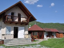 Cabană Lușca, Casa Maria Sisi