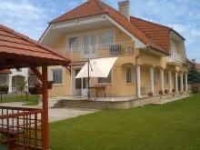Casă de oaspeți Dunasziget, Casa de oaspeți Erika