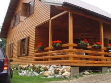 Chalet Sândominic, Czirjak House