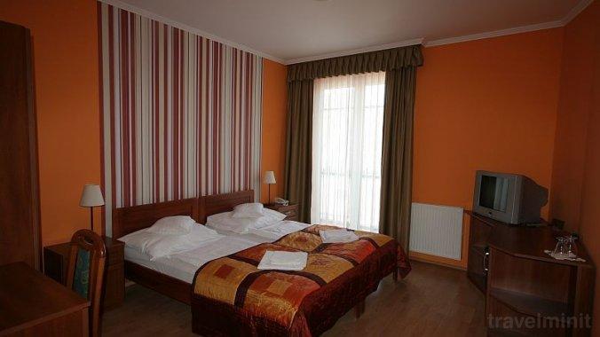 Hotel-Patonai Guesthouse Fertőd