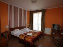 Pensiune Abda, Pensiunea Hotel-Patonai