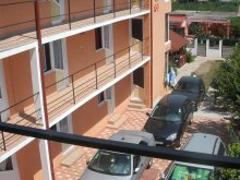 Accommodation Căscioarele, Dora Vila