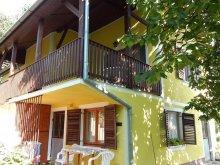 Accommodation Ordacsehi, Virágos Apartments
