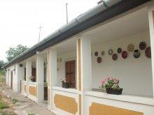 Cazare Monok, Casa Lukovics