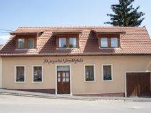 Casă de oaspeți Felsőtárkány, Casa de oaspeți Margaréta