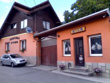 Bed & breakfast Lupueni, Kyfana B&B