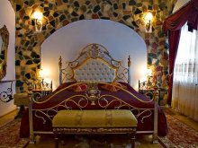 Hotel Bodonkút sau Burjánosbuda (Vechea), Castelul Prințul Vânător