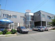 Hotel Kiskirálymező (Globu Craiovei), River Hotel