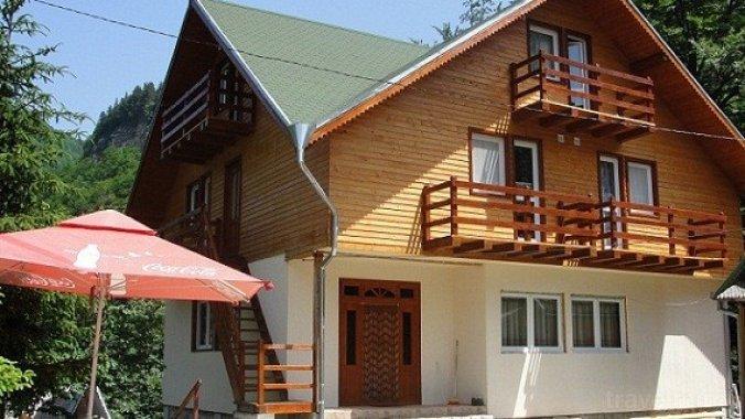 Madona Guesthouse Lepșa