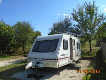 Bed & breakfast Orfű, Tranquil Pines Static Caravan B&B