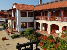 Accommodation Tiszalök, Magita Hotel
