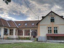 Hosztel Incești (Poșaga), Ifjúsági Központ