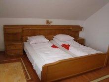 Accommodation Baranca (Cristinești), Cristal Vila B1