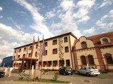 Hotel Mezőszombattelke (Sâmboleni), Arena Hotel