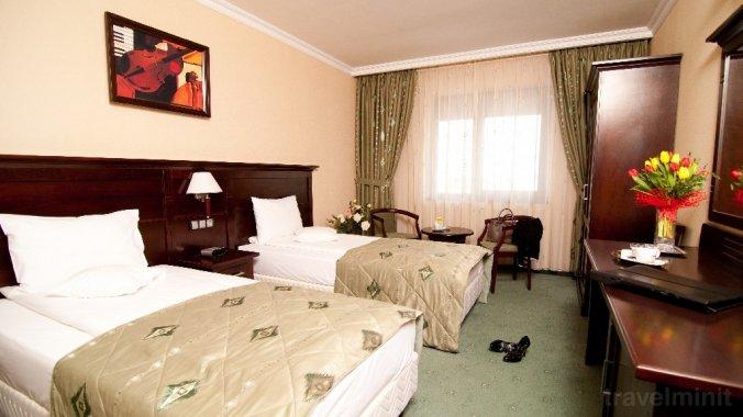 Hotel Rapsodia City Center Botosán