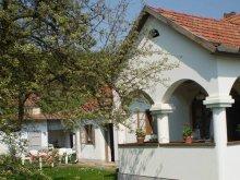Casă de oaspeți Parádsasvár, Casa de oaspeți Napfény