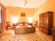 Bed & breakfast Zorile, Floare Albastră Vila