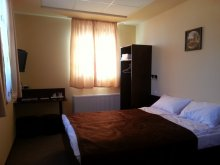 Bed & breakfast Novaci, Jiul Central Guesthouse