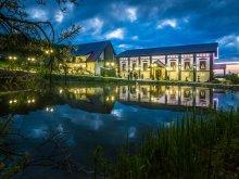 Hotel Középpeterd (Petreștii de Mijloc), Wonderland Resort