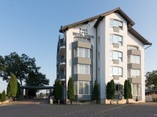 Hotel Răzbuneni, Hotel Athos RMT