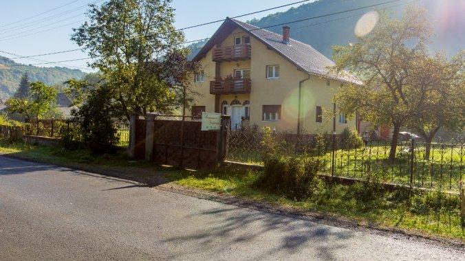 Ștefănuț Panzió Kőrizstető