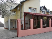 Bed & breakfast Sânpetru German, Next Guesthouse