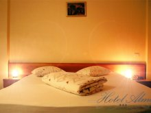 Accommodation Lehliu-Gară, Hotel Alma
