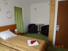 Accommodation Bărcuț, Elena și Maria B&B